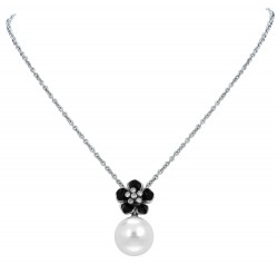 Snowdrop Black Necklace