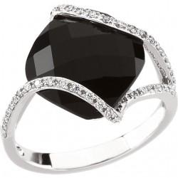 14K White Onyx & 1/5 CTW Diamond Ring Size 7