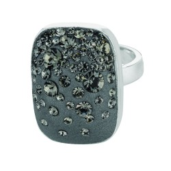Silver With Rhodium Finish Shiny Square Top Size 7 Ring With Dark Grey Crystal